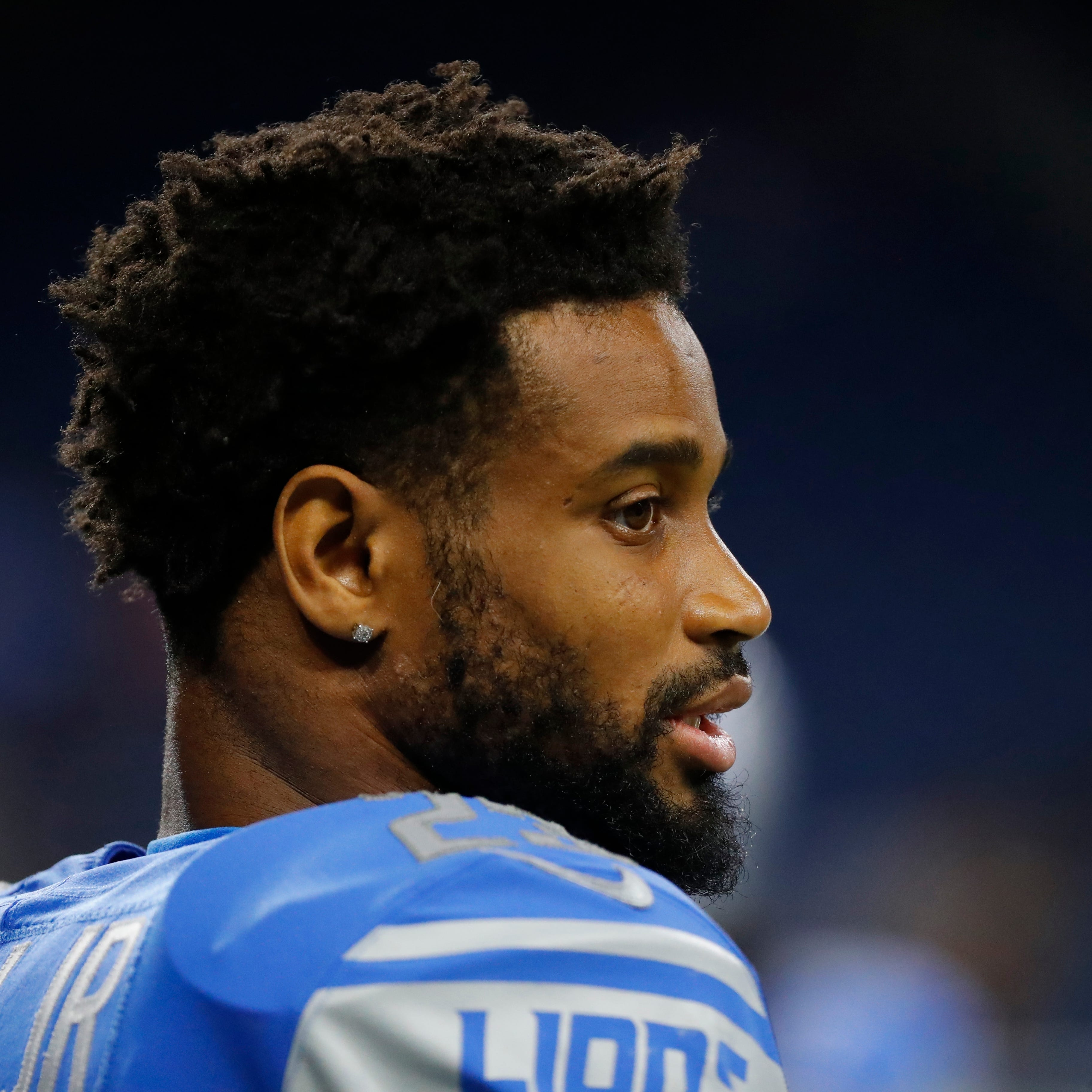 Lions' Darius Slay back, while Taylor Decker misses Friday's practice