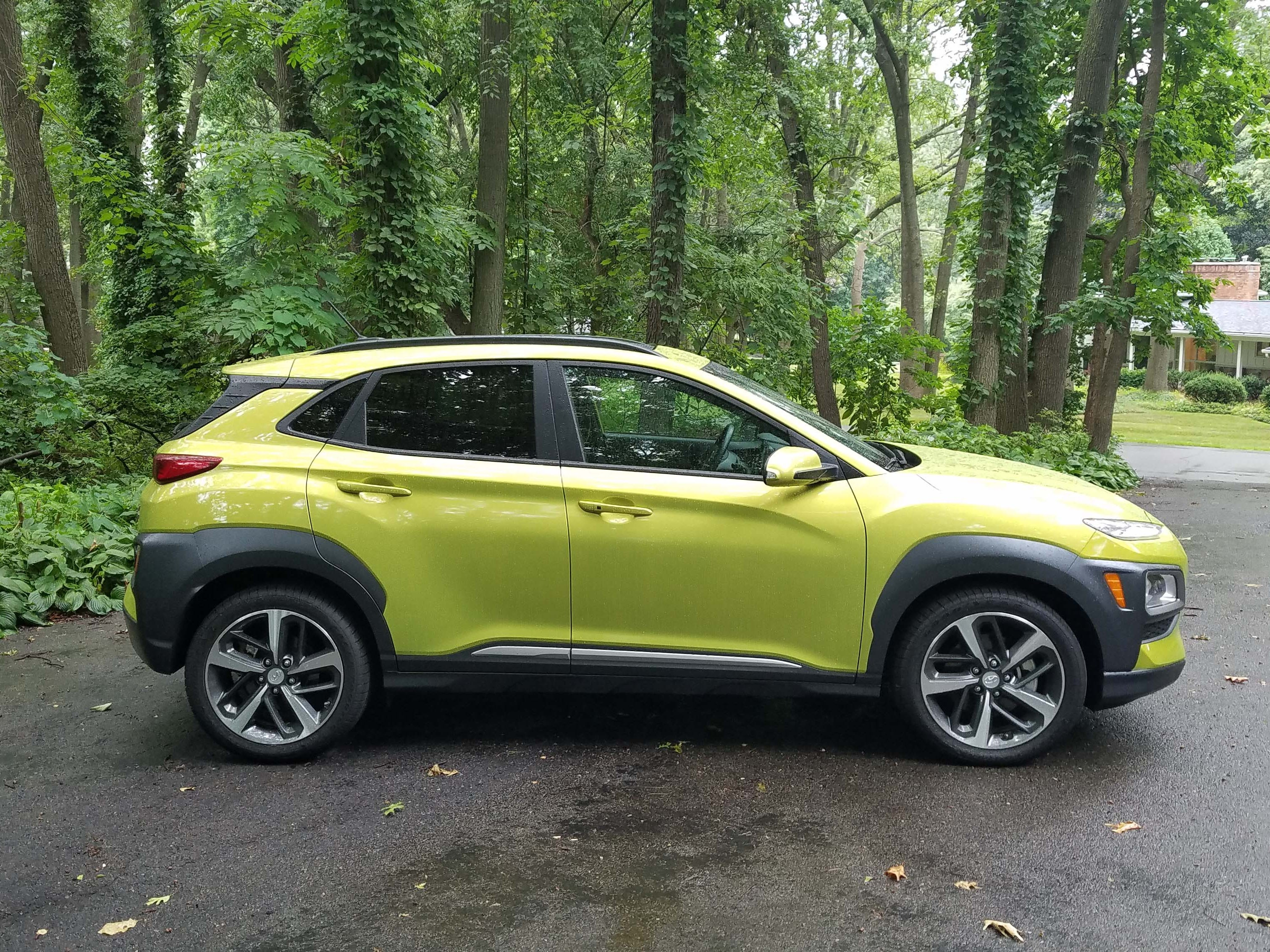 The 2018 Hyundai Kona has a lot going on with its sculpted fenders and shoulders and sporty roofline - but you'll be able to pick it out in the parking lot next to all the other 5-door utes. Especially if you paint it in Lime Twist.