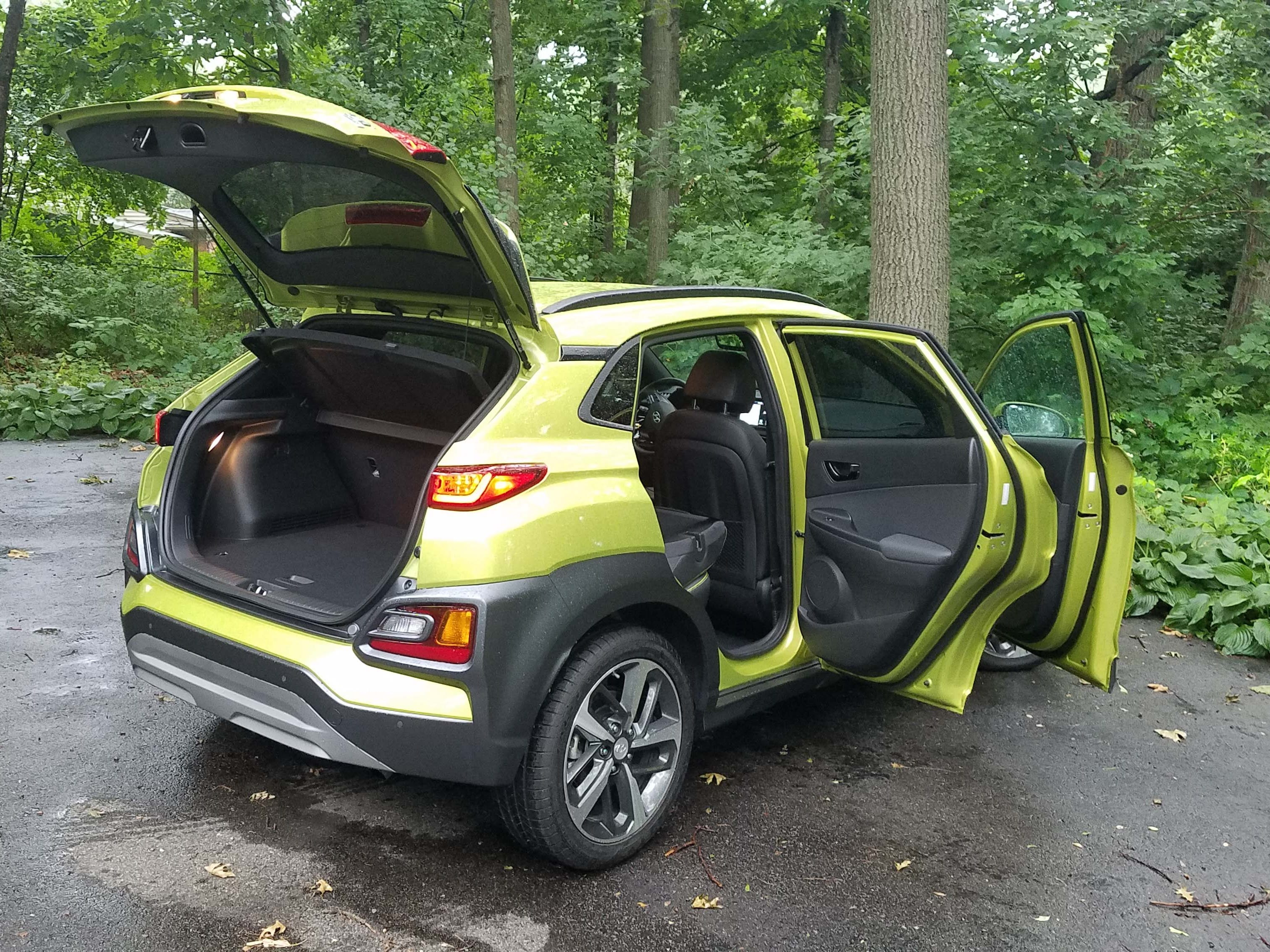 The 2018 Hyundai Kona is a funky five-door ute that joins more conventional-looking subcompacts like the Ford Ecosport, Honda HR-V, Subaru Crosstrek, and Chevy Trax.
