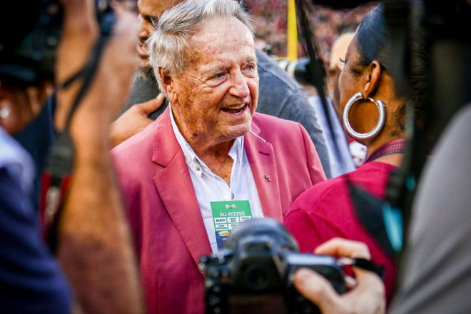 Legendary FSU Coach, Bobby Bowden, was at Doak Campbell stadium for the FSU vs Virginia Tech game on Monday, September 3rd. Bowden and Frank Beemer of Virginia Tech were the  honorary captains for the coin toss before the game.