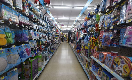 Dollar General is reviewing the opportunity to add a new store on Park Avenue West in Ontario, but has not committed to doing so just yet, a spokesperson said.