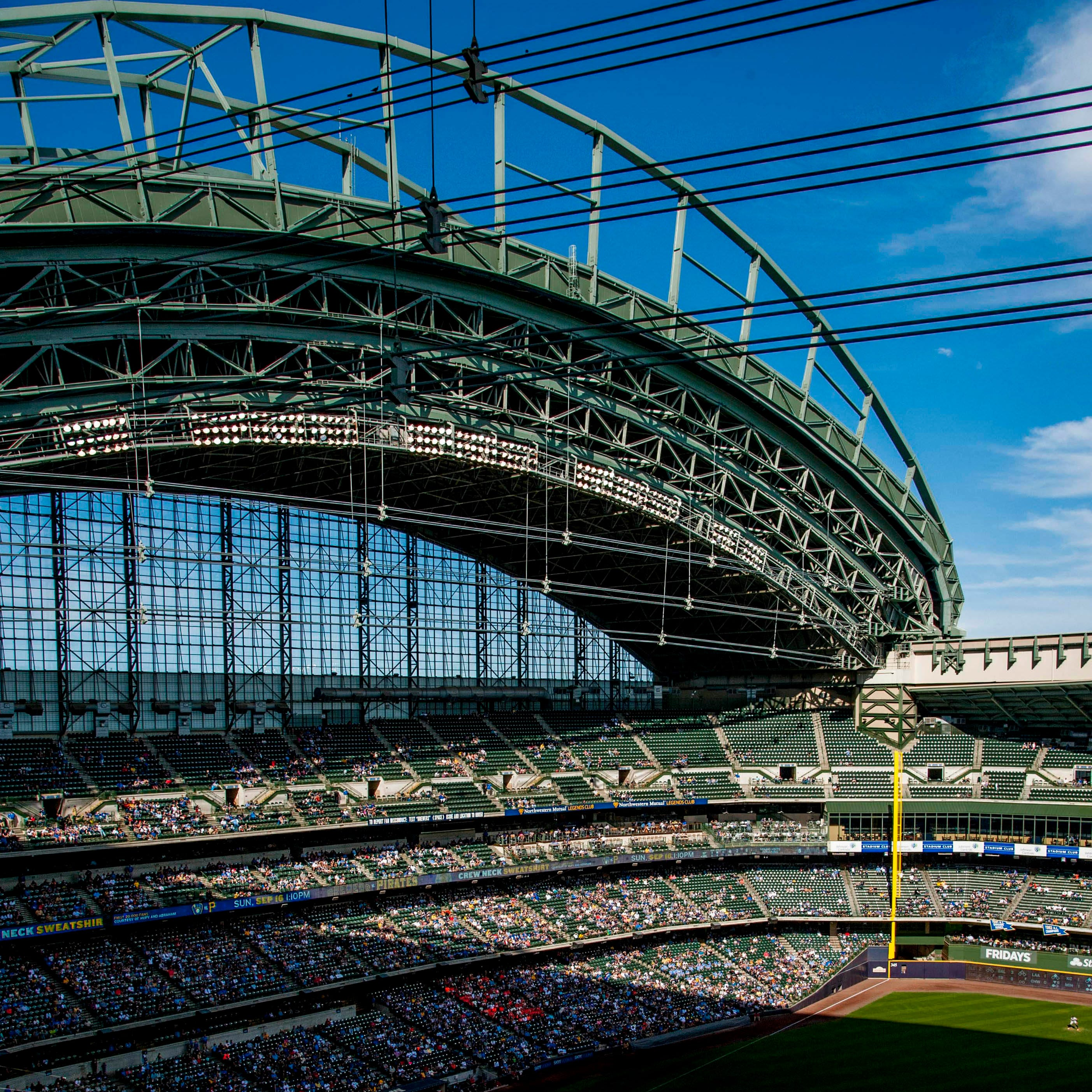Milwaukee Brewers, in the post-season hunt, expect to draw 2.8 million fans to Miller Park
