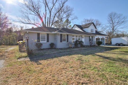DAVIDSON COUNTY: 575 Watsonwood Drive, Nashville 37211