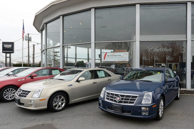 Englewood Cliffs Cadillac, as seen in 2014.