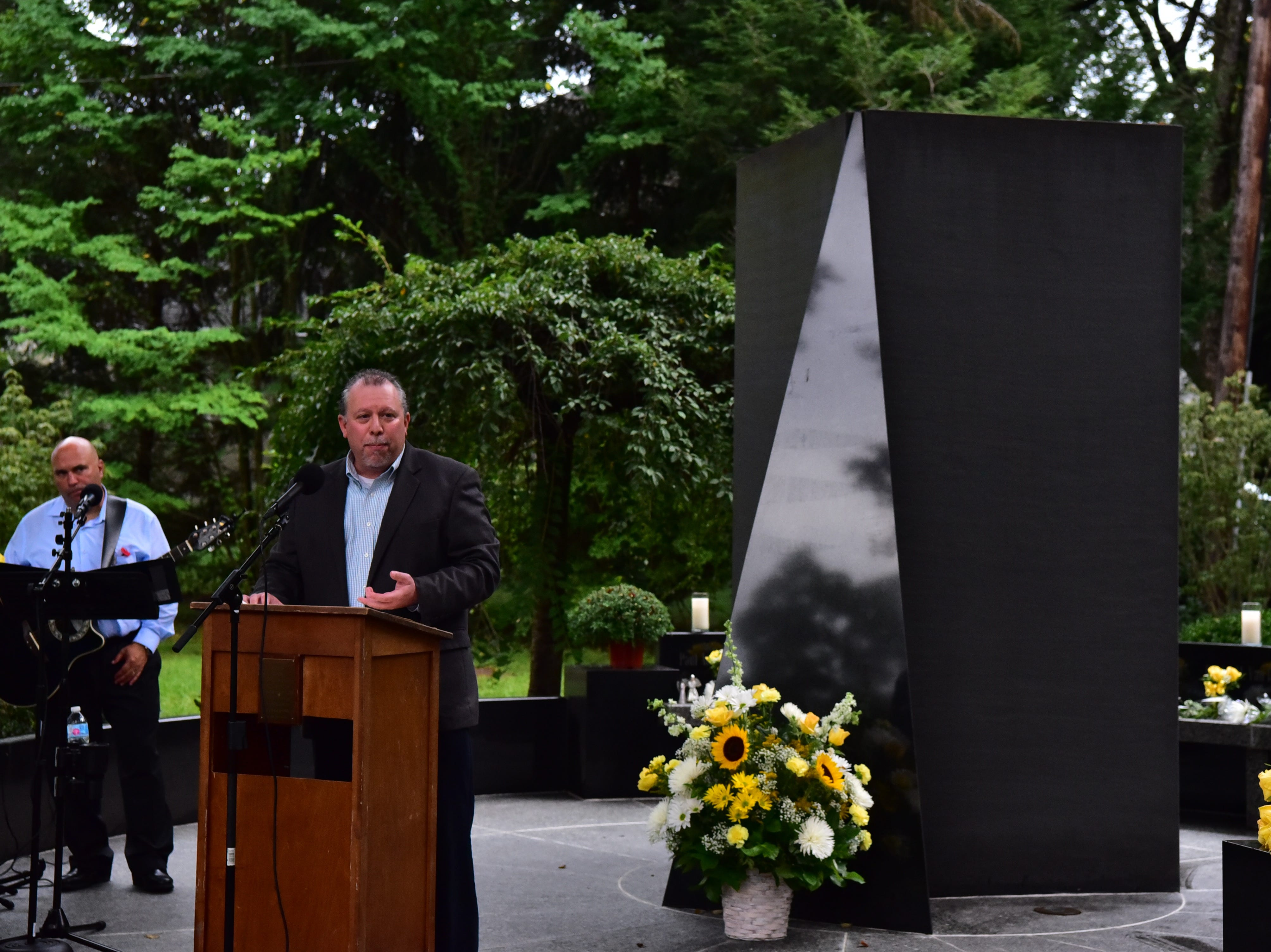 Glen Rock Mayor Bruce Packer delivers a speech at 9-11 memorial in Glen Rock, NJ.