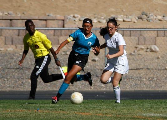 Fmn Prep Girls Soccer 0912 1