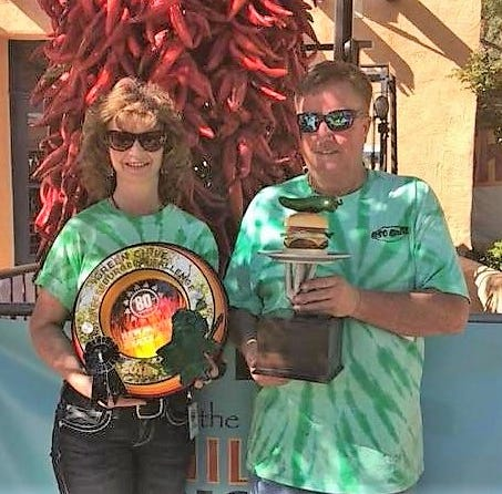 Keithley's Korner: Capitan's Oso Grill wins 1st place for Green Chile burger