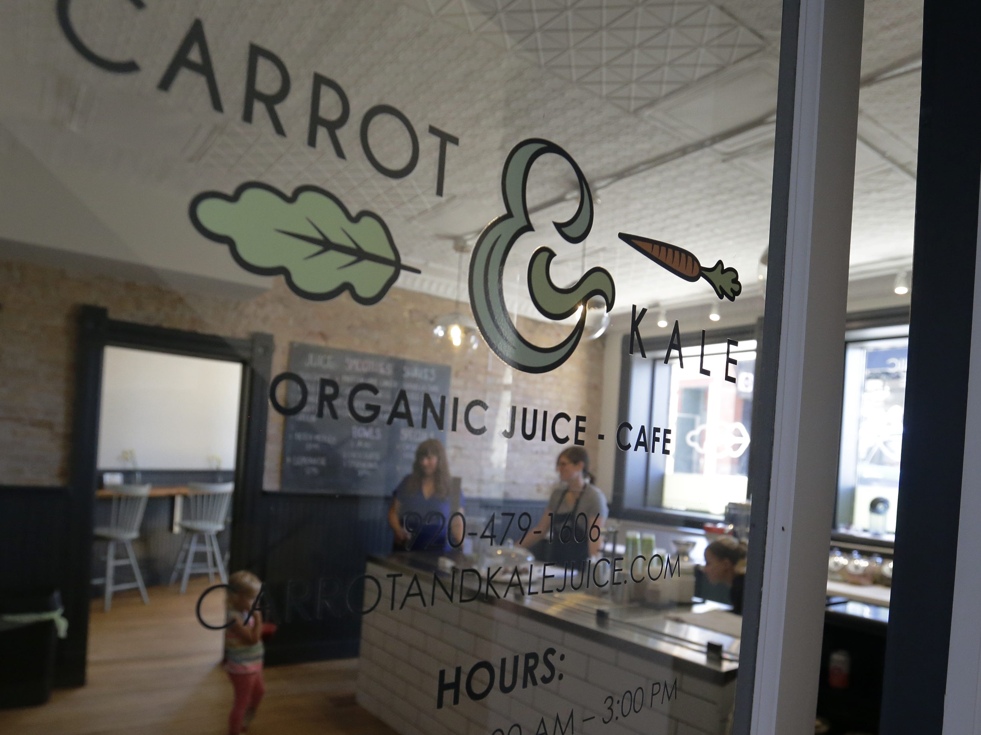 Carrot & Kale, an organic juice bar and cafe at 110 Algoma Blvd., Oshkosh, offers healthy food and drink options Tuesday, Sept. 11, 2018.