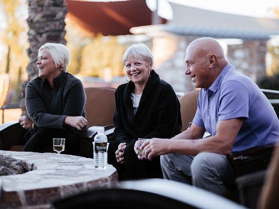 Residents enjoying an afternoon at Trilogy at Vistancia.