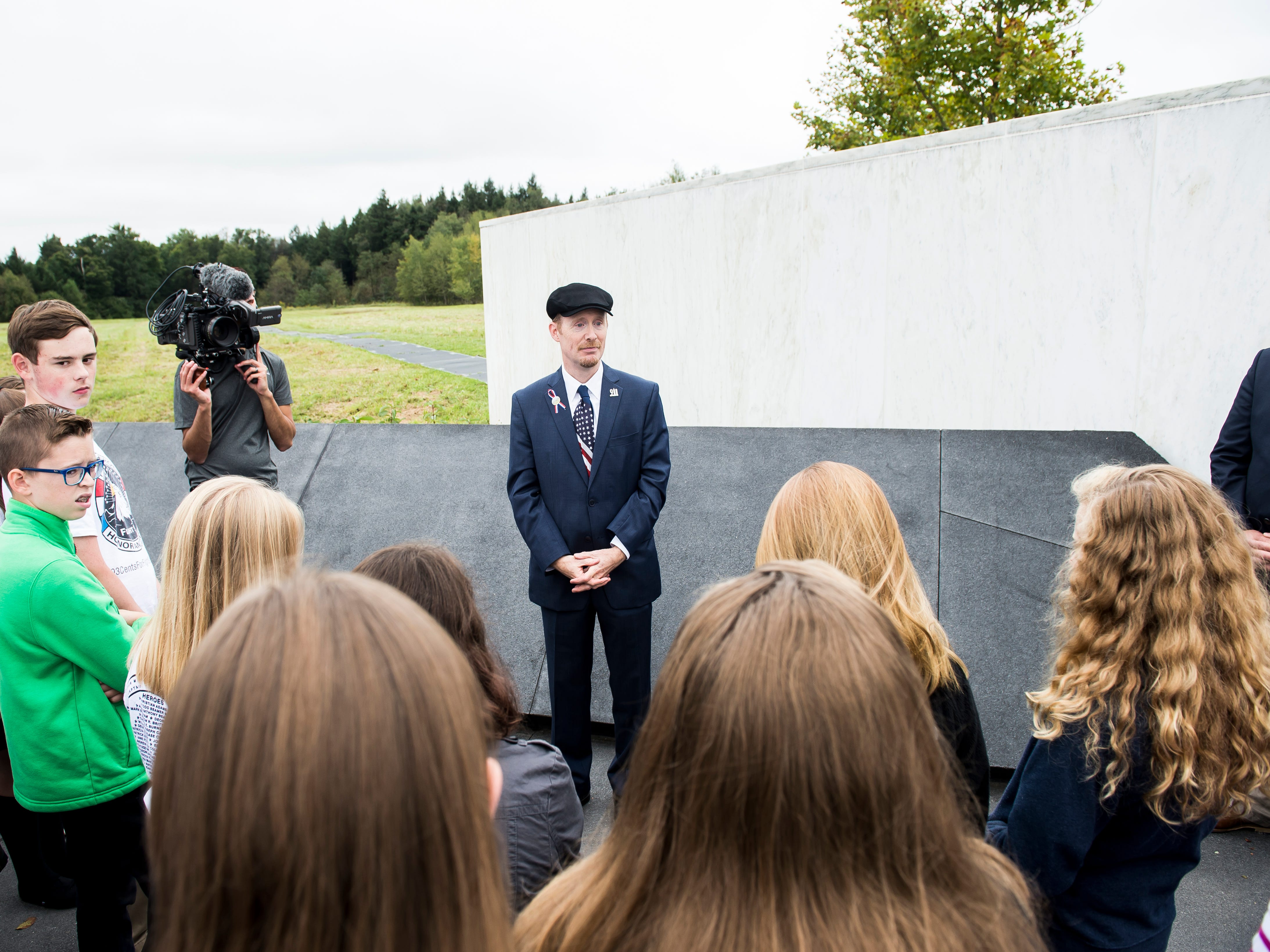 Gordon Felt, president of the Families of Flight 93, answers questions from students at the memorial in Shanksville on the 17th anniversary of the terror attacks September 11, 2018.