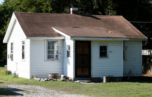 Tmurder House00004