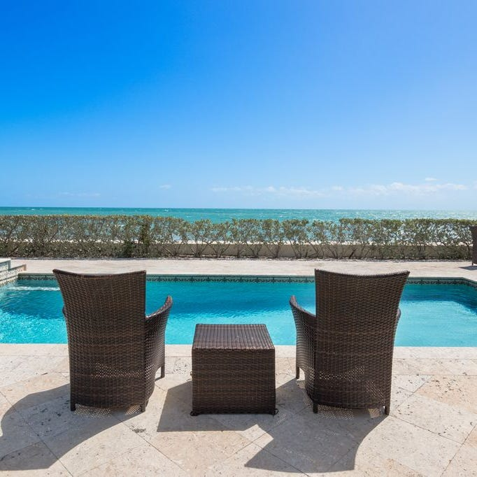 Mansions on the Market: Atlantic Ocean is a beautiful backyard for Villa Floramar