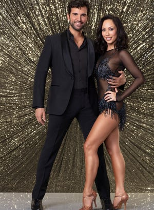 """Juan Pablo Di Pace and his pro partner, Cheryl Burke, earned a perfect score for their samba on Monday's """"Dancing With the Stars."""""""