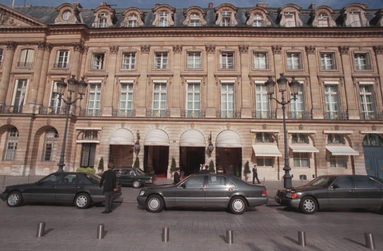 Saudi princess says $930,000 of jewelry stolen from the Paris Ritz