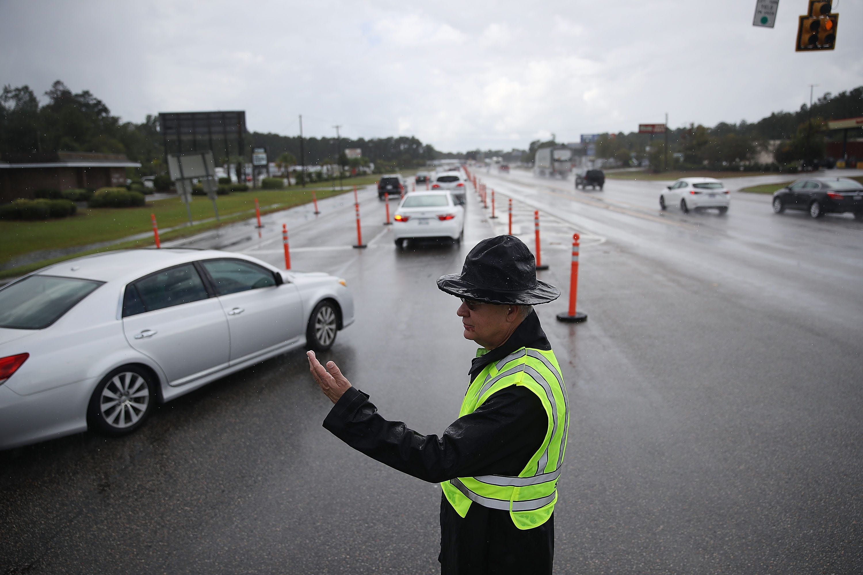 Hurricane Florence forces Marines, Navy to flee major bases in South Carolina, Virginia