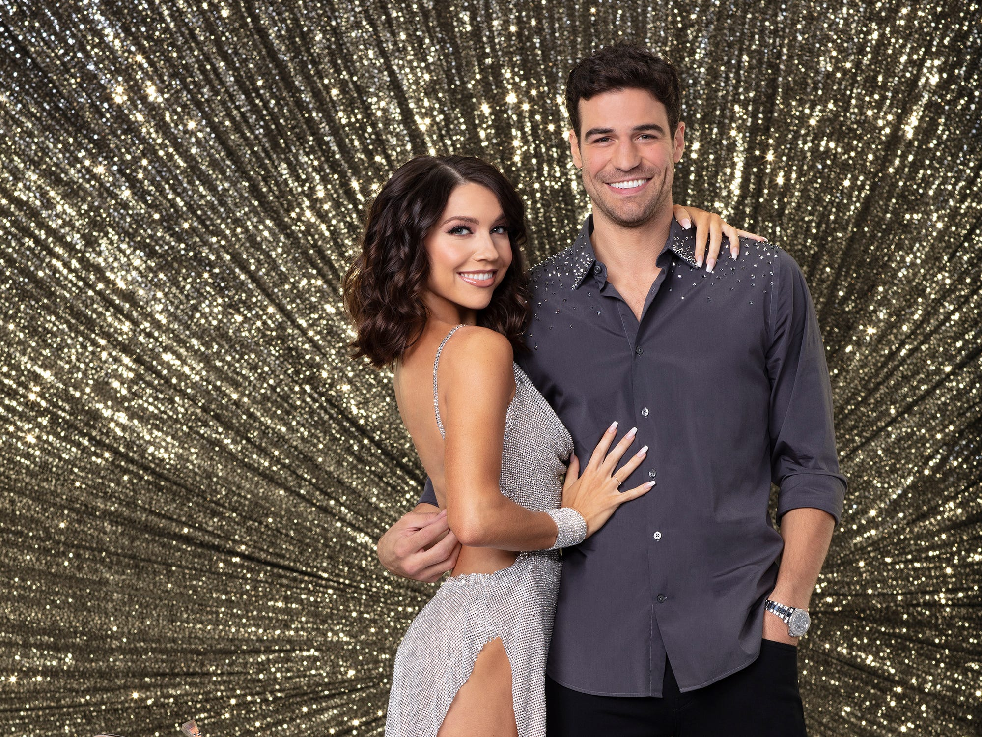 'Dancing With the Stars': Shocking elimination after contestant earns two perfect scores