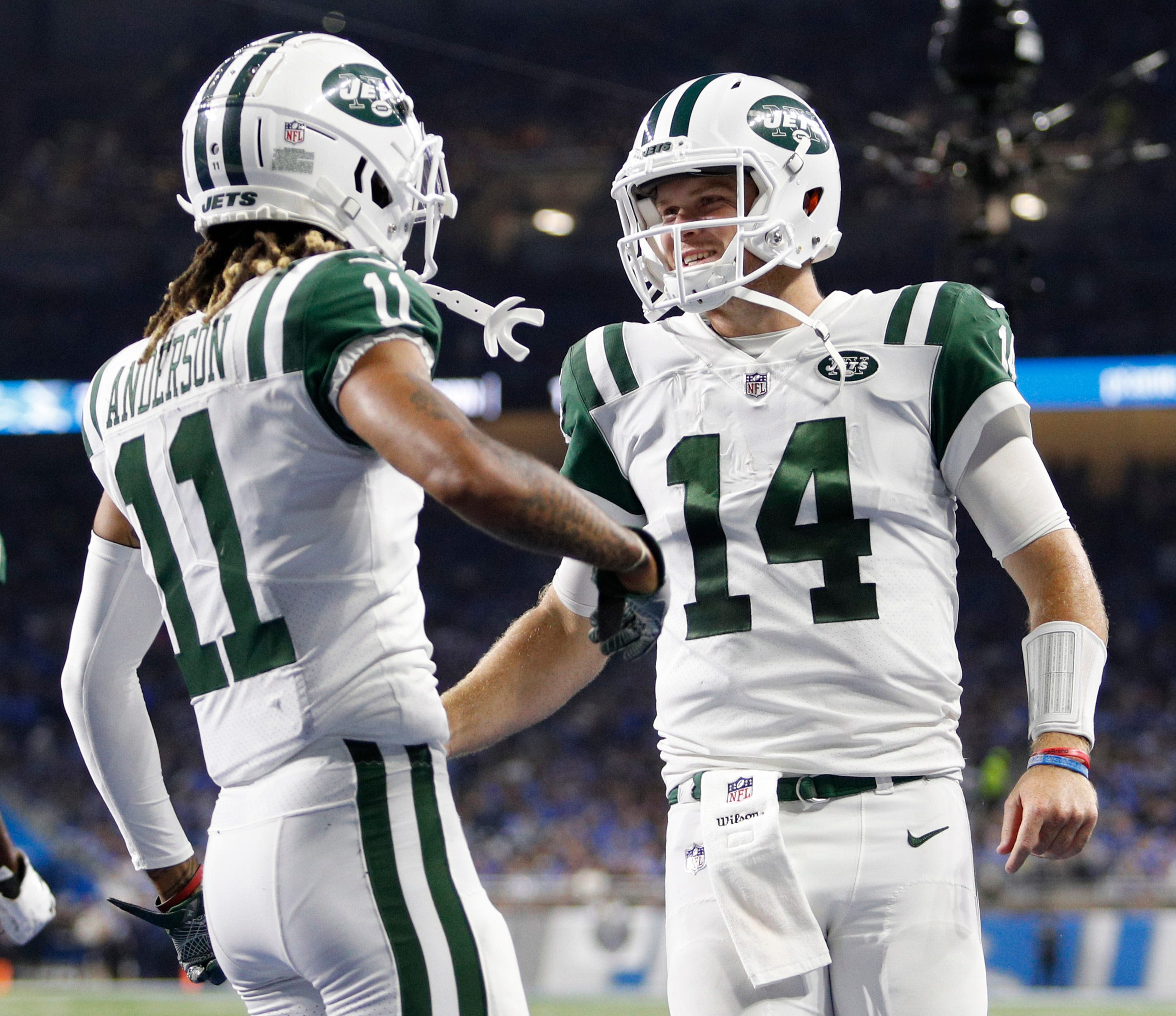 Sam Darnold rebounds from ignominious start as Jets rout Lions