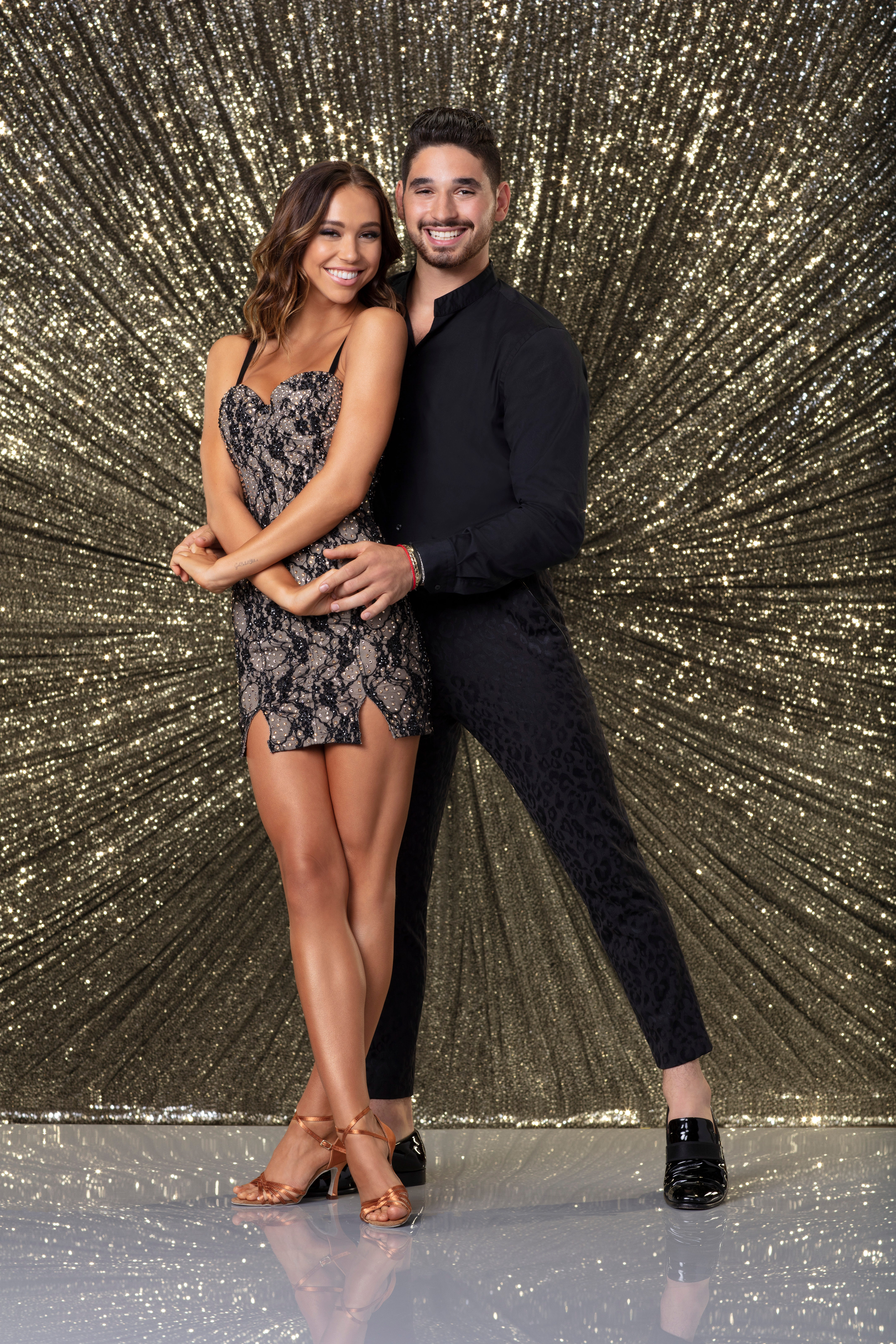 Which dancing with the stars couple is dating 2018