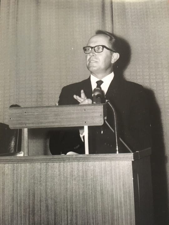Carl Spain lectures during his time at then-Abilene Christian College.