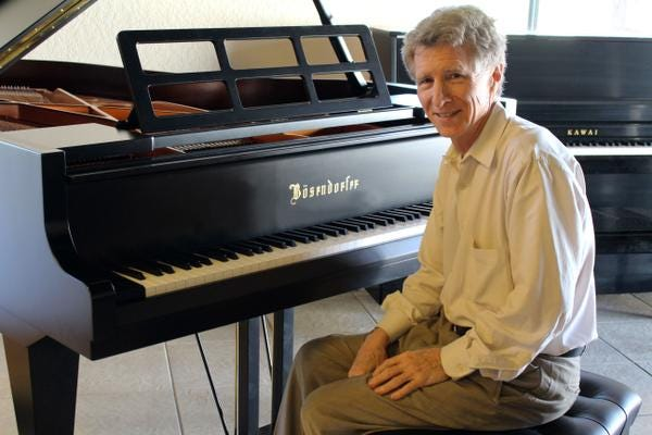 d864cbc1-ff8c-4cb1-b033-4229fa81f0a7-BrianGatchell Falling piano sales force Atlantic Music Center in Melbourne to close after 28 years