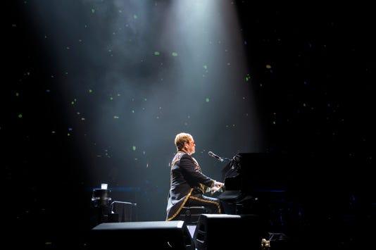 Jl Elton John 91118 01