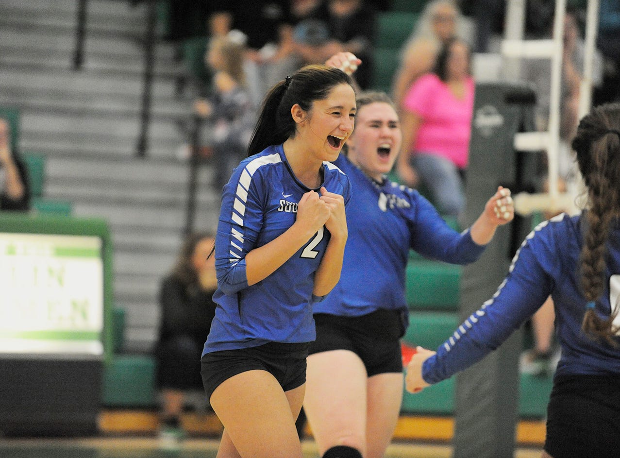 Southeastern volleyball remains undefeated after defeating Huntington in three sets on Tuesday at Huntingon High School.