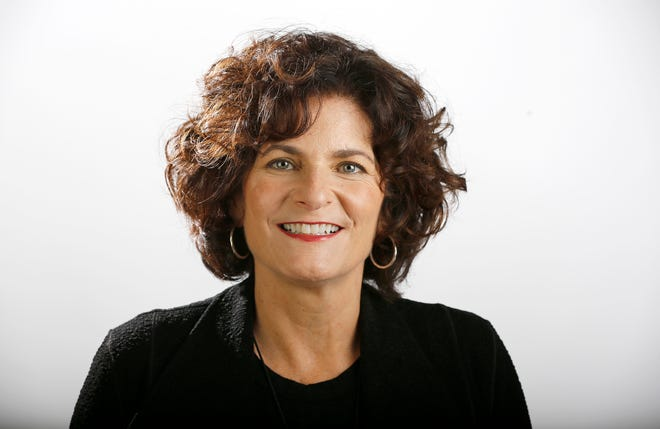 Mary Burke Rivers is a University of Cincinnati graduate.