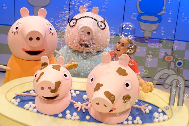 "Families will enjoy Peppa Pig Live! in ""Peppa Pig's Surprise!"""