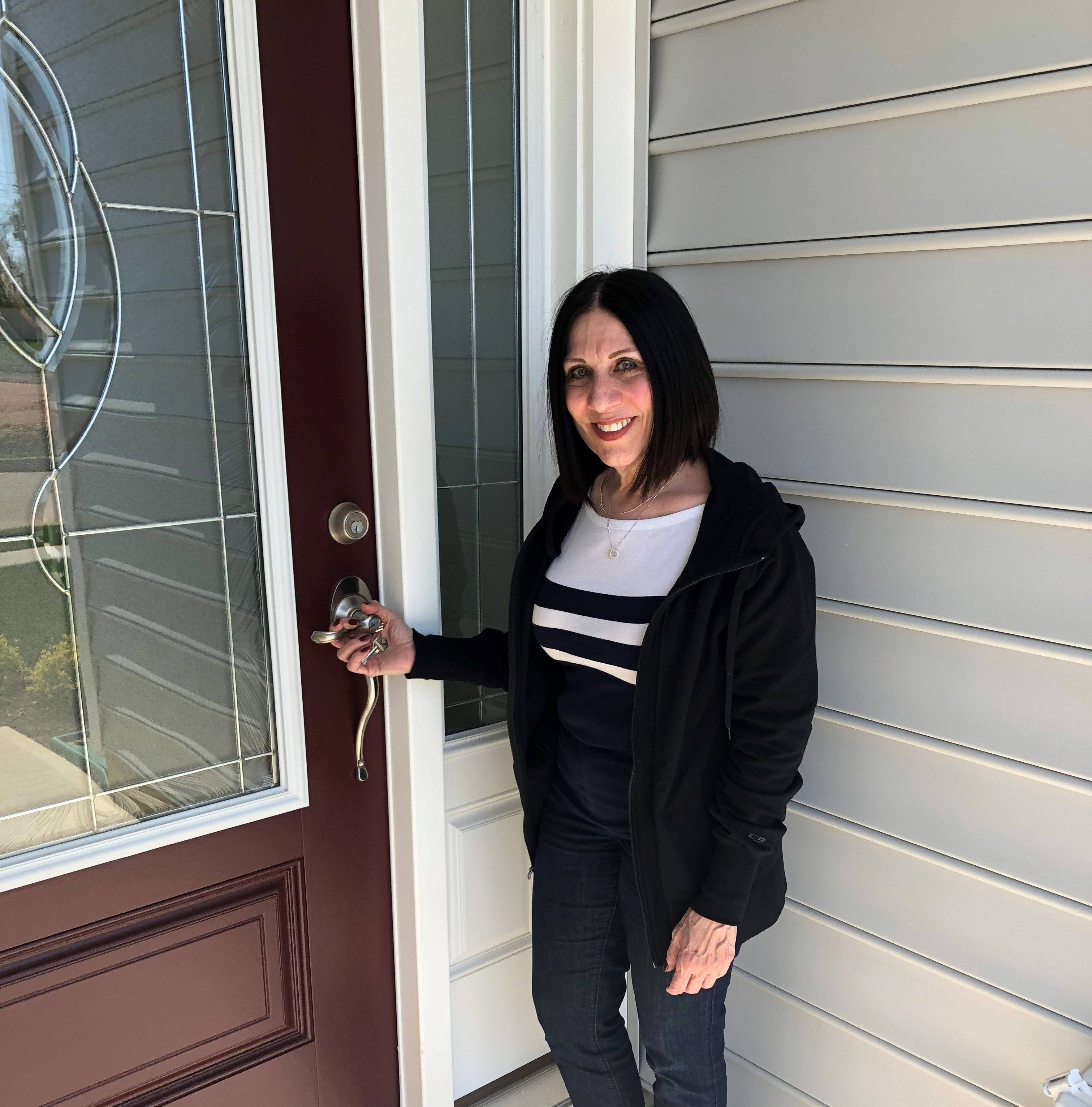Woman loves her new home at K. Hovnanian's Four Seasons at Monroe
