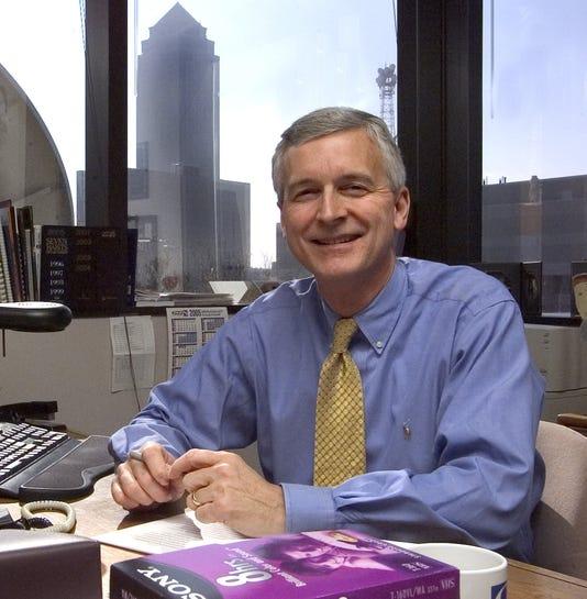 Kcci Tv News Director Dave Busiek