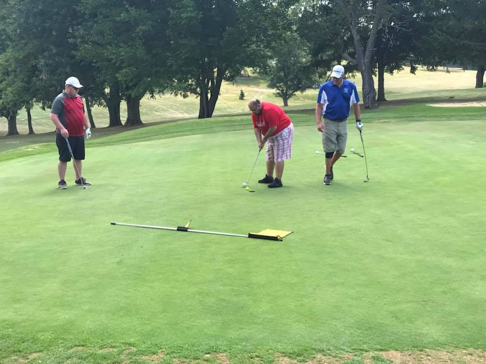 Marion Hawks golfers at the Area 5 golf tournament at Twin Lakes in Mansfield.