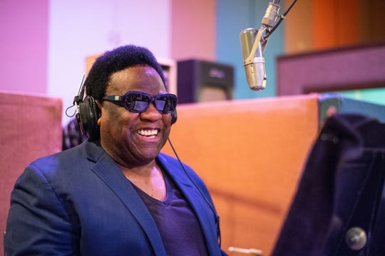 Al Green works during the August session for his new Matt Ross-Spang-produced Amazon exclusive recording, cut at Sam Phillips Recording Service.