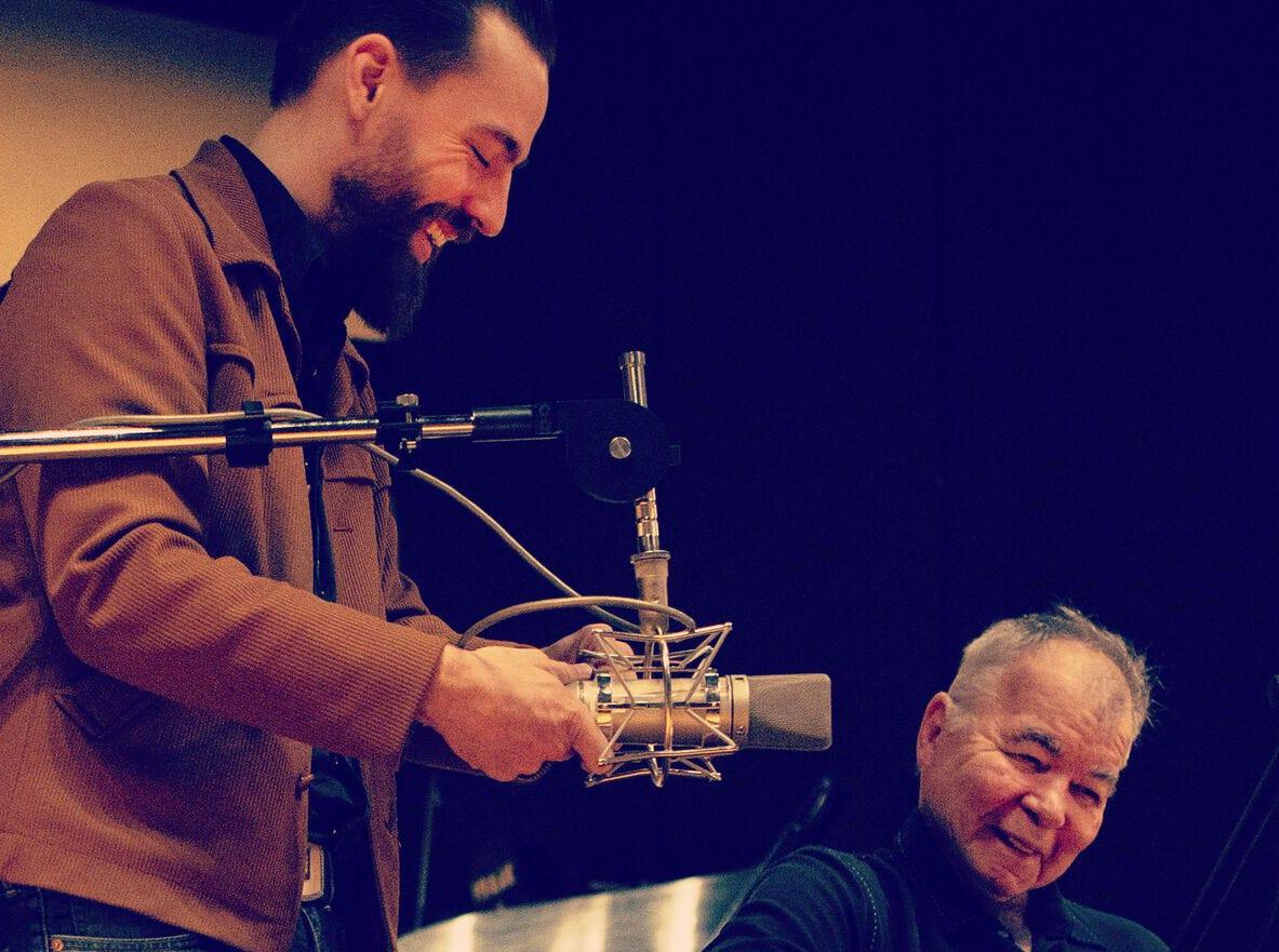 Memphis producer Matt Ross-Spang and singer-songwriter John Prine work on a new recording.