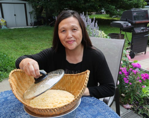 hmong19-prof vang with rice3