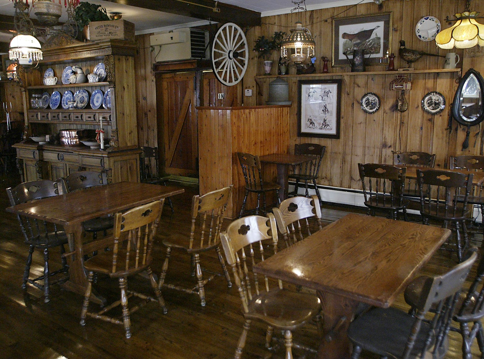 The main dinning room at the Puddingstone Inn, the old Larison's Turkey Farm.   2007