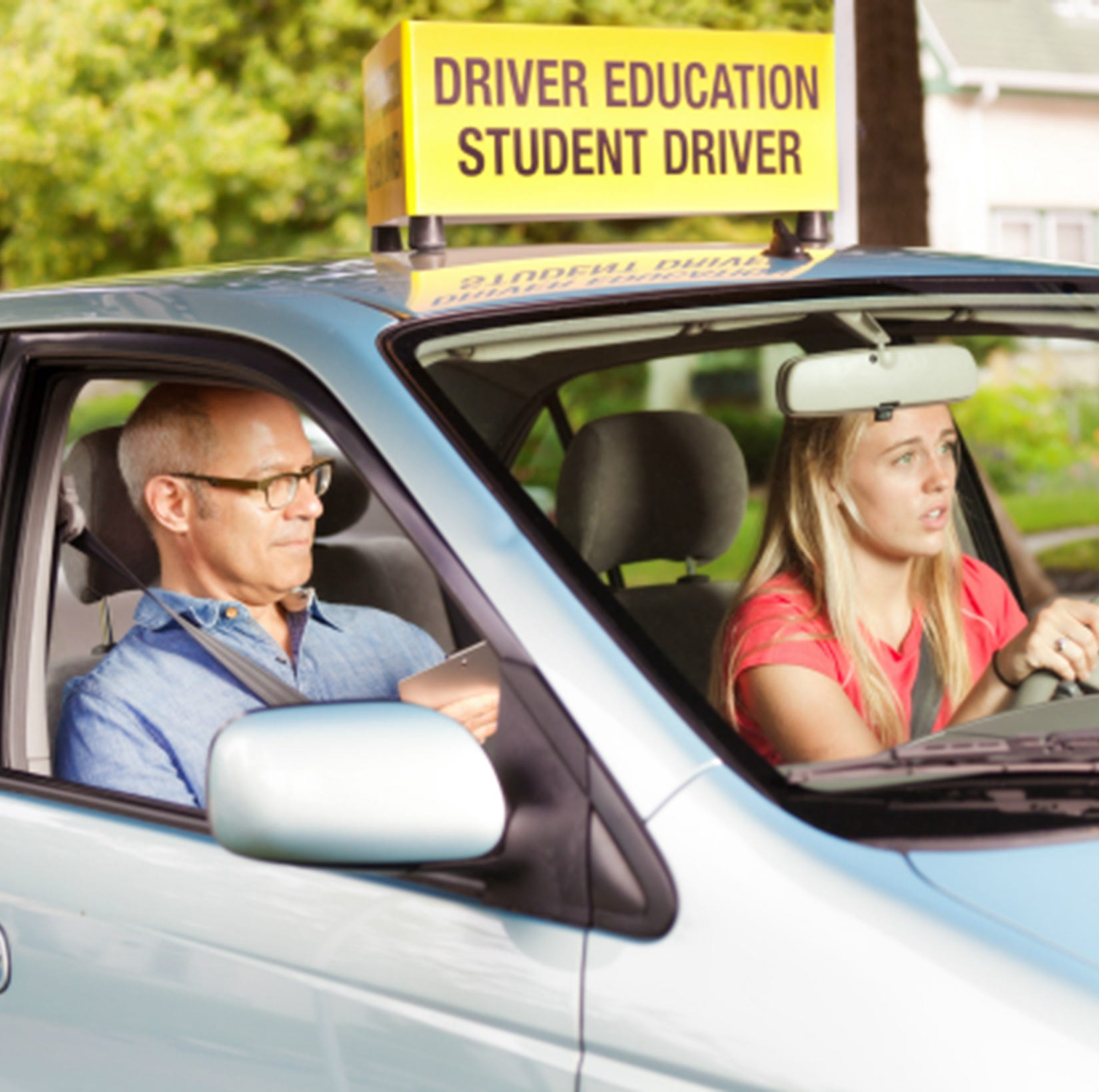 Dads, be the warning sign your student driver needs