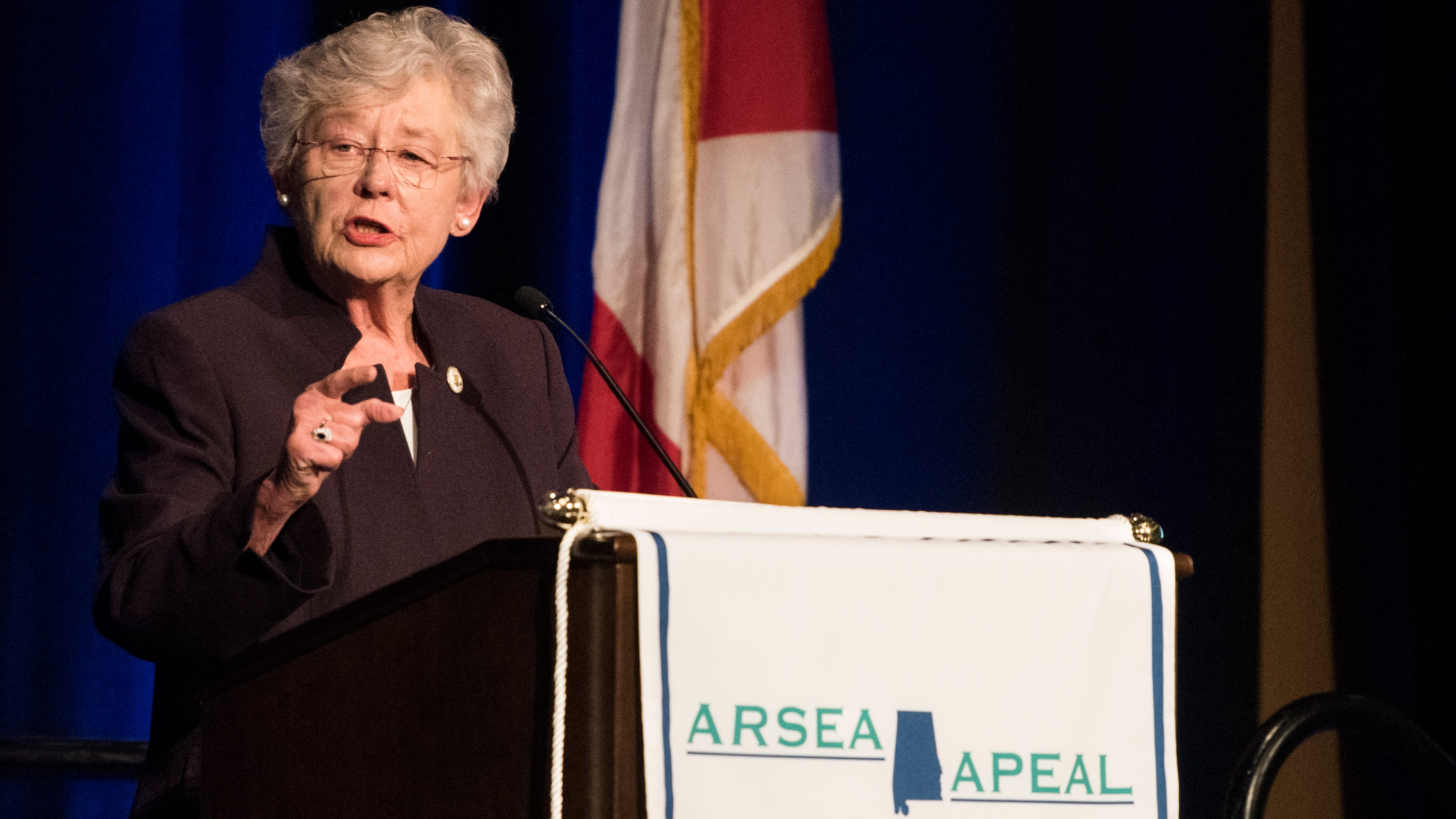 Gov. Kay Ivey touts economy; says Medicaid expansion is unlikely