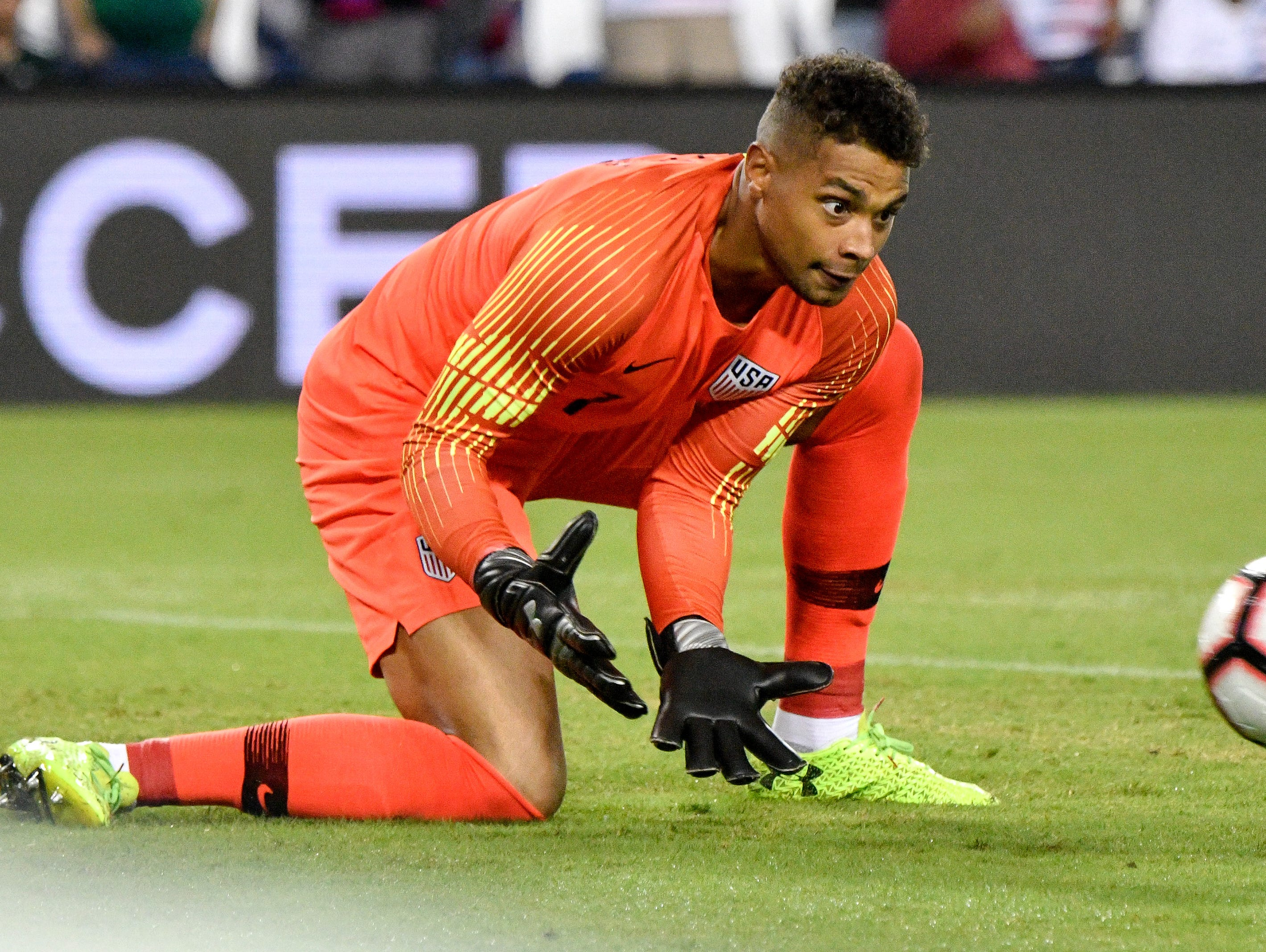USA goalkeeper Zack Steffen (1) scoops up the ball during the second half against Mexico at Nissan Stadium in Nashville, Tenn., Tuesday, Sept. 11, 2018.