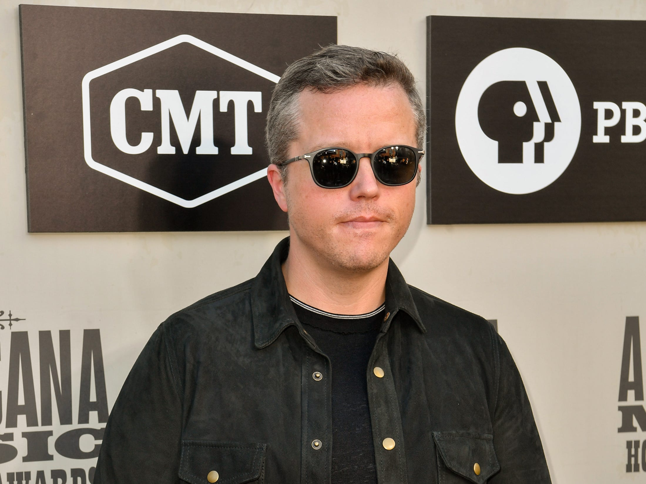 Jason Isbell poses on the red carpet before the 2018 Americana Honors and Awards show at the Ryman Auditorium in Nashville, Tenn., Wednesday, Sept. 12, 2018.