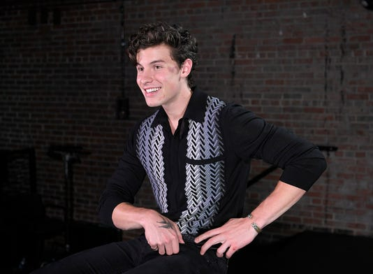 Shawn Mendes 01
