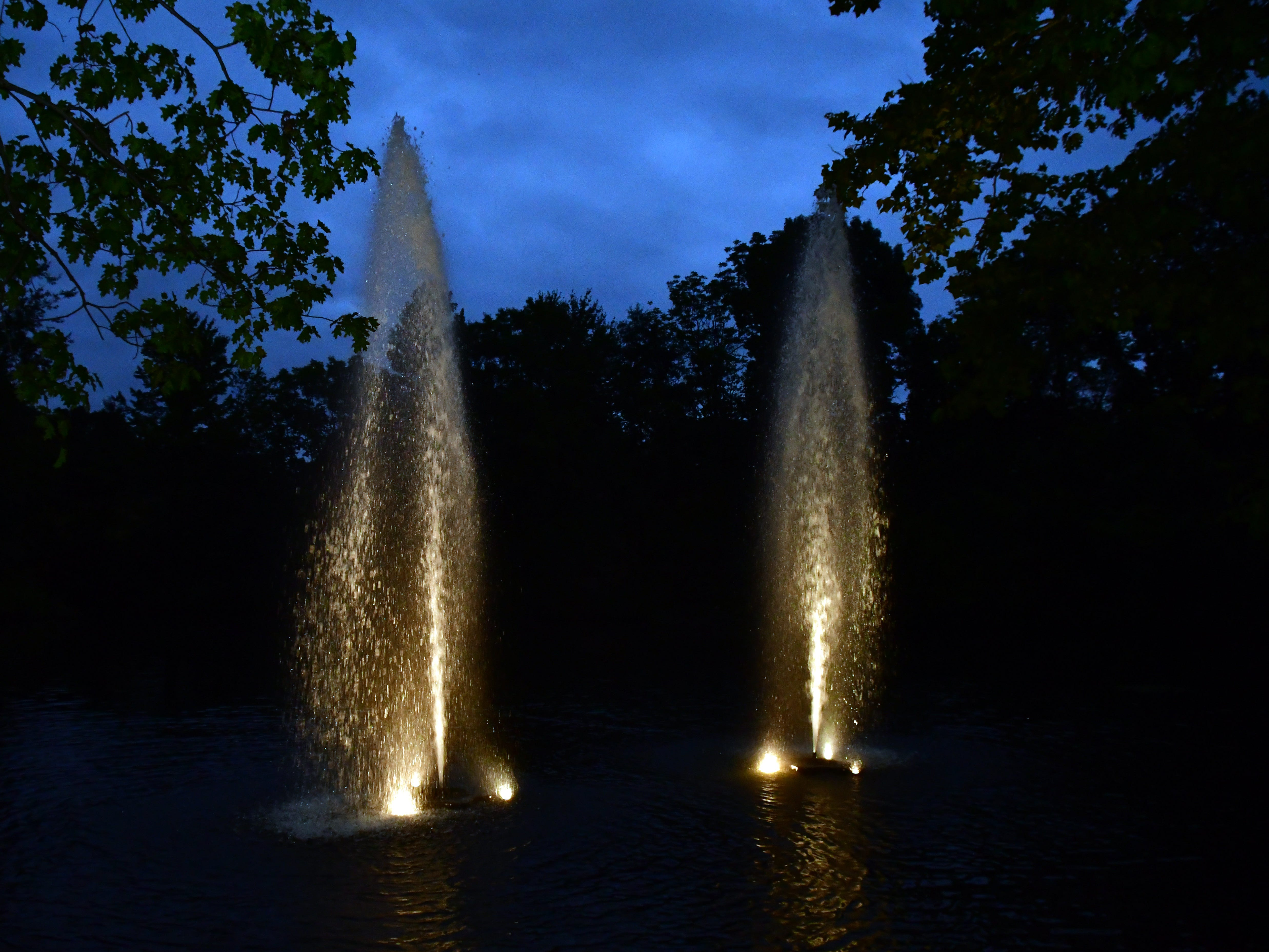 Bergen; Allendale NJ:  The two waterfalls represent the World Trade Center towers struck on Sept. 11, 2001. David Handschuh, speaks at the Crestwood Lake Memorial in Allendale on Tuesday September 11, 2018 about his experience as a photographer covering the World Trade Center terrorist attack in New York in 2001.  After taking photos that were published in the newspapers David sustained injuries (broken legs) and had to be rescued.