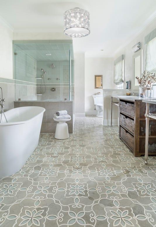Granadasmoke Operaglass Bath