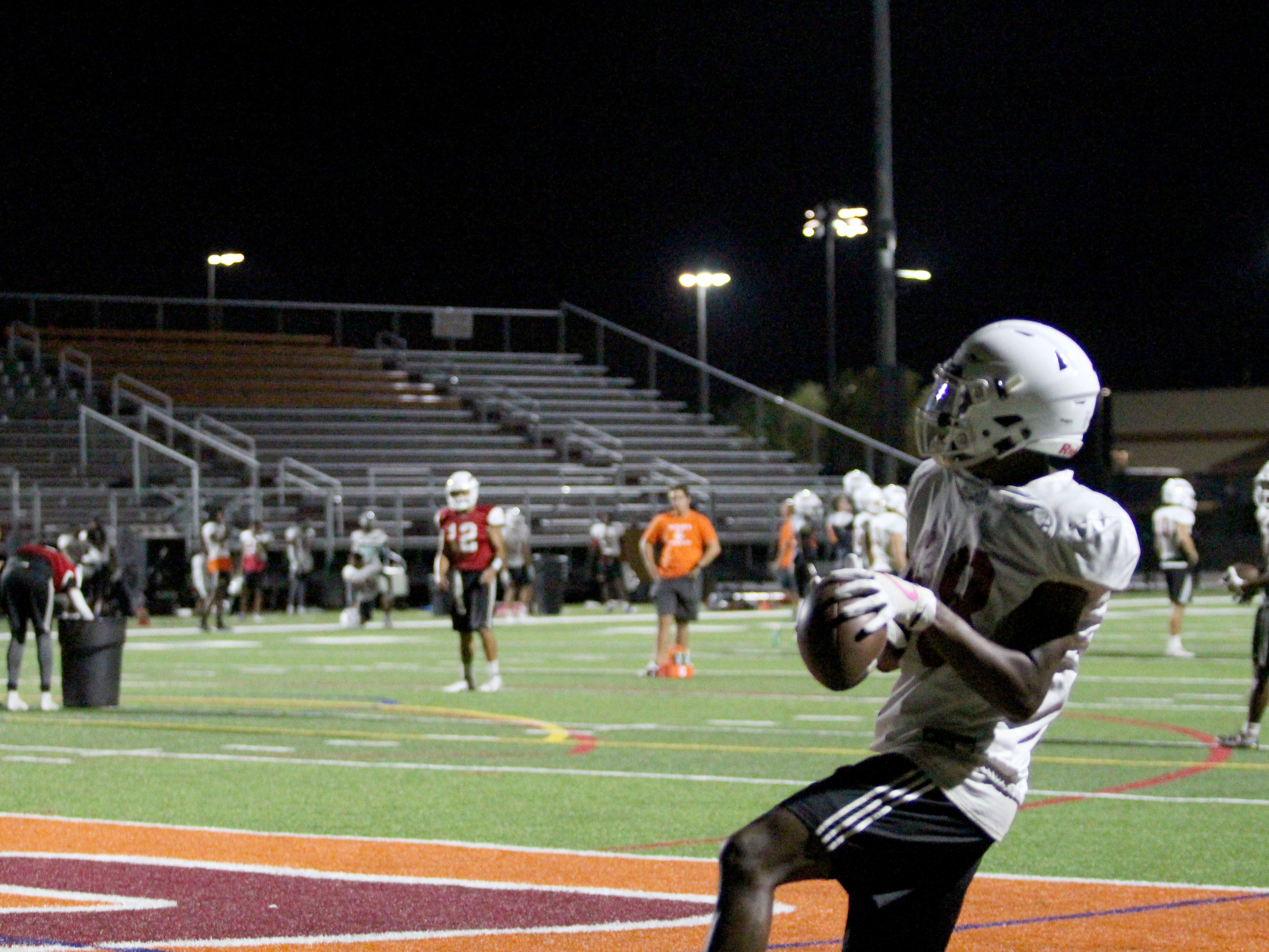 OUAZ's D'Montae Williams catches a pass in the end zone on Tuesday night in Surprise on Sept. 11, 2018.