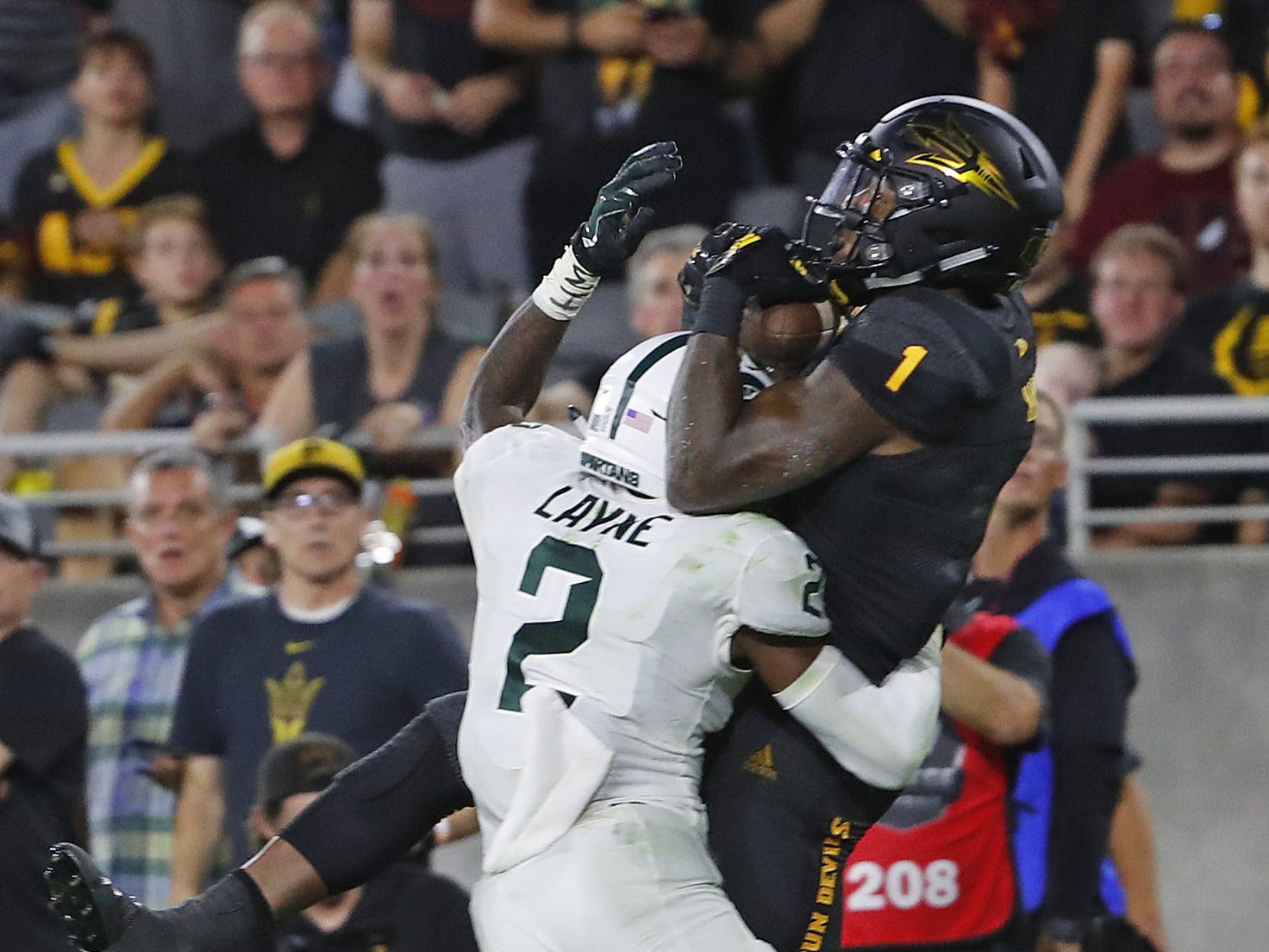 Arizona State Sun Devils wide receiver N'Keal Harry (1) makes a touchdown catch against Michigan State's Justin Layne (2) during the fourth quarter at Sun Devil Stadium in Tempe, Ariz. on Sept. 8, 2018.