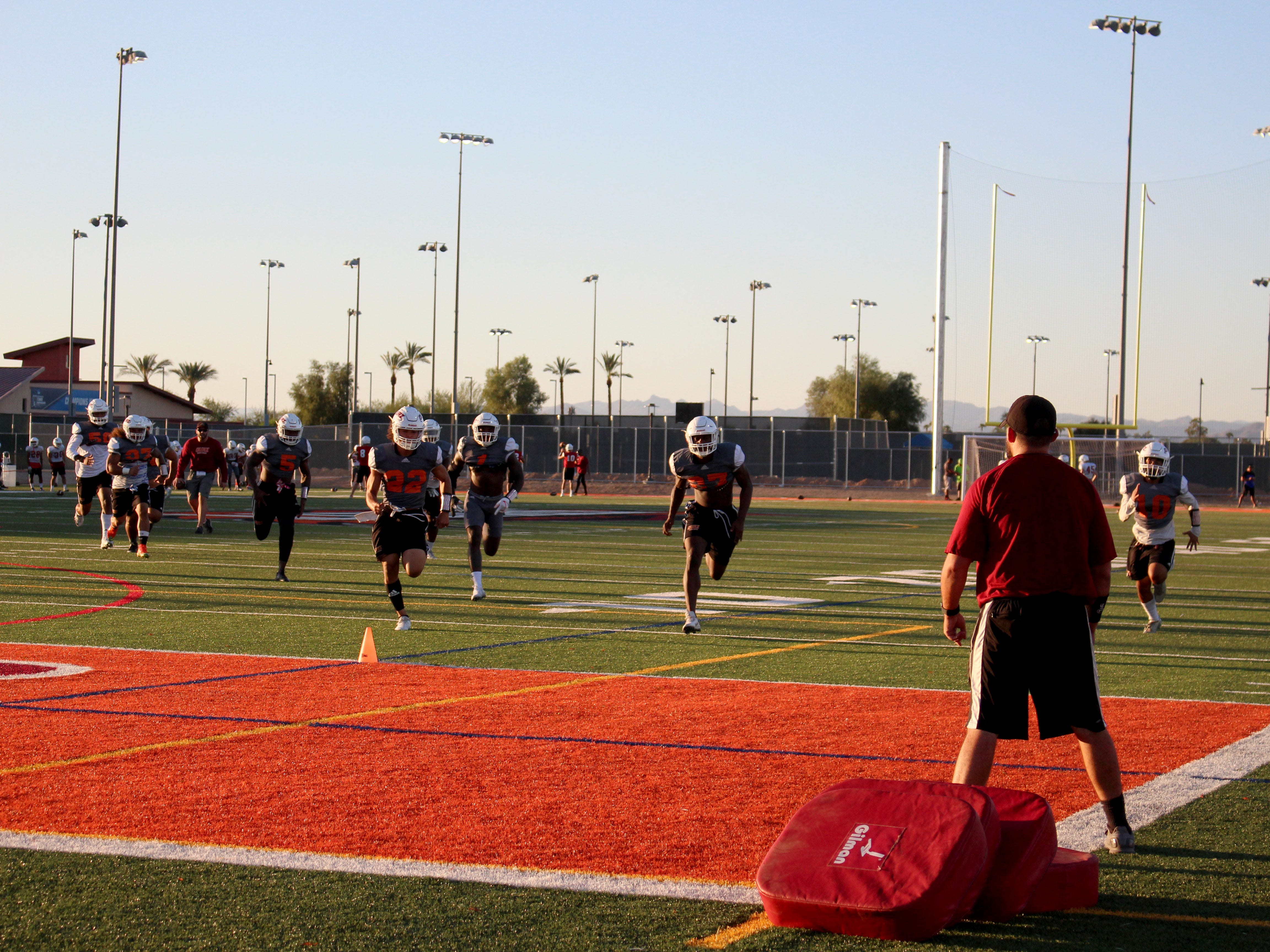 OUAZ practices a pursuit drill on Tuesday night in Surprise on Sept. 11, 2018.