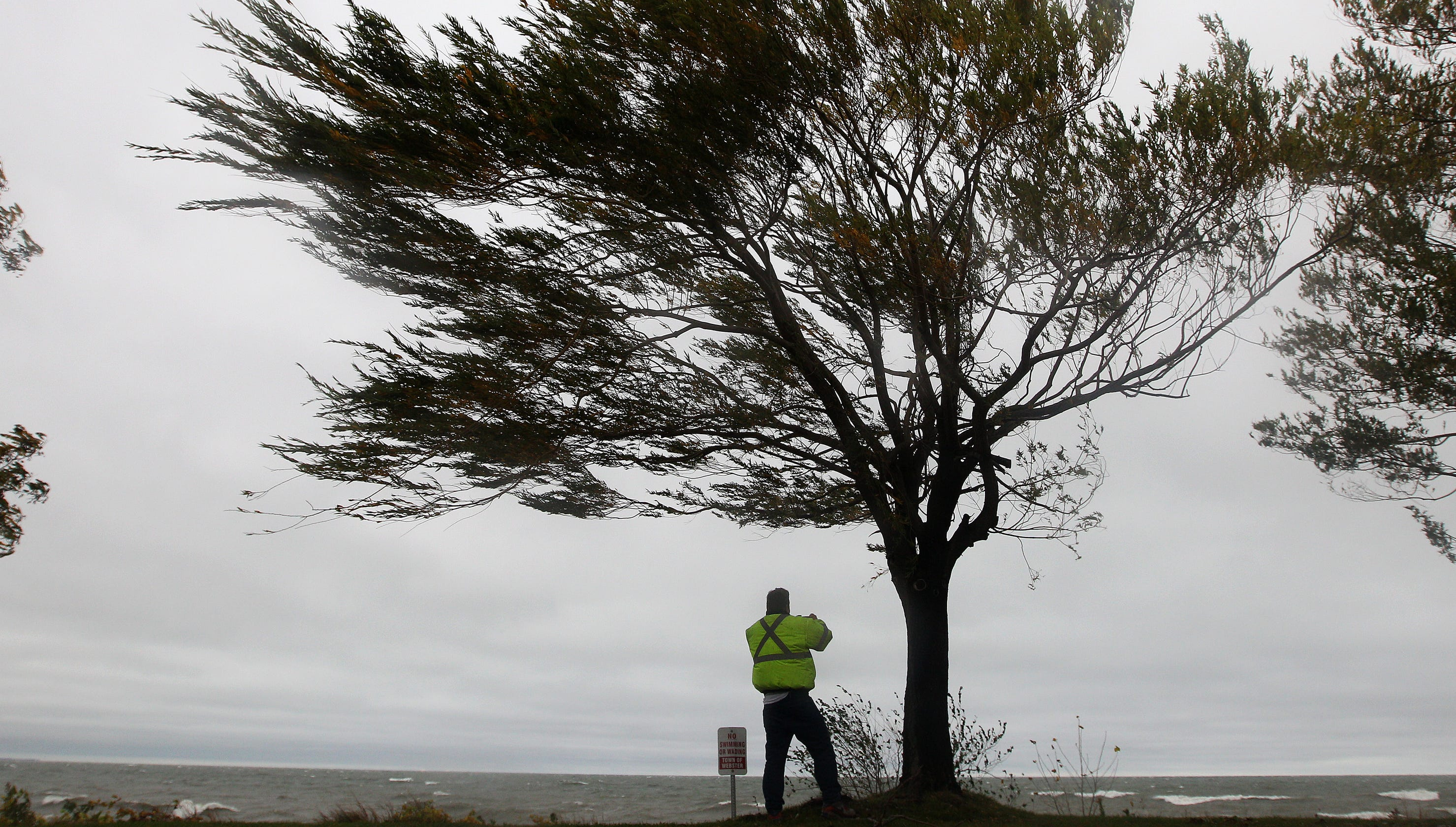 Rochester Weather: High wind warning for Monroe County