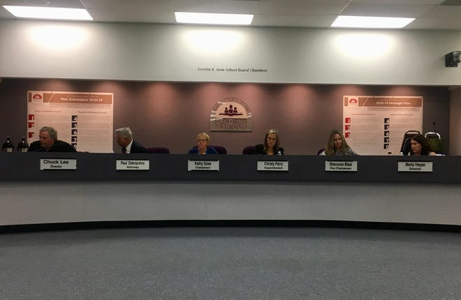 The Salem-Keizer School Board at the start of its Sept. 11, 2018, meeting.