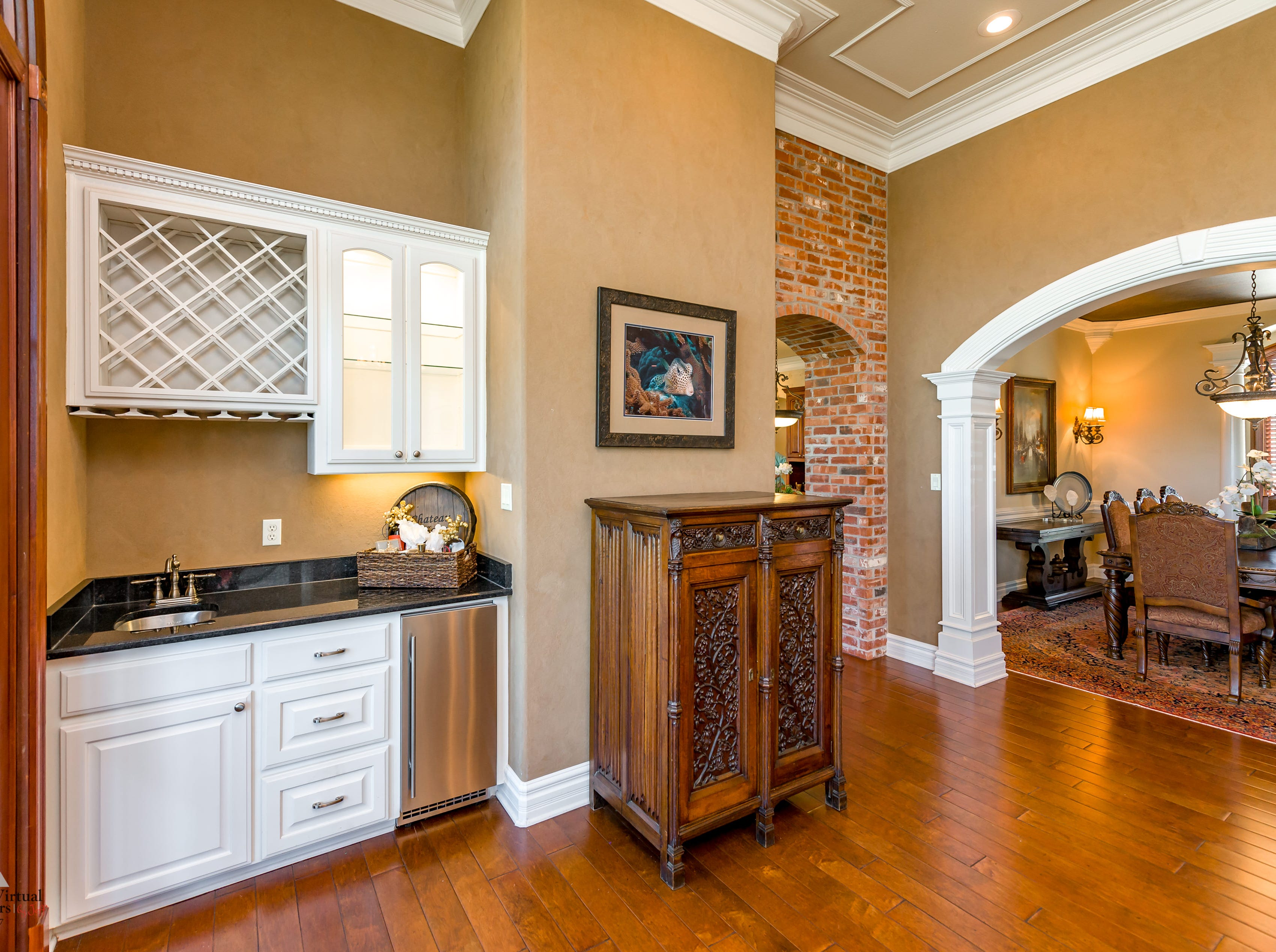 Mansion on the Market: 7921 Captain Cooley