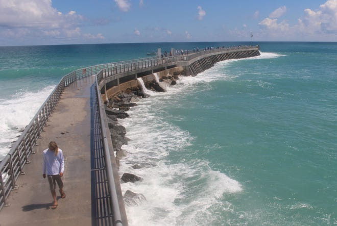 View of Sebastian Inlet pier via webcam.