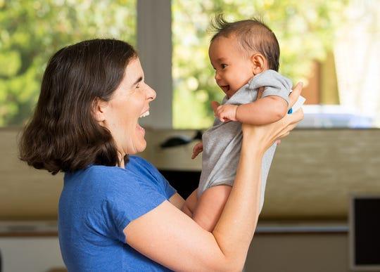 Former Facebook employee Eliza Khuner and her daughter